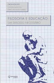 Capa de livro com a figura do pensador sentado