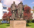 Monumento a Tycho Brahe e Johannes Kepler em Praga, República Tcheca