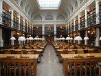 Sala de leitura localizada na Biblioteca da Universidade de Cambridge. <br><br> Palavras-chave: biblioteca, universidade, Cambridge, estudo, conhecimento, filosofia, livros teoria do conhecimento